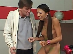 Pretty Asian Keeani Lei sucks teacher