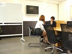 Hardcore Sex With Horny Assistant And Her Boss In The Office
