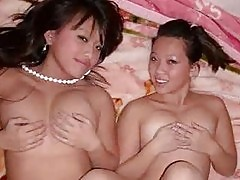 Real Japanese Teen GFs!