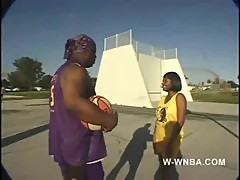W-wnba-2-flirtaic lee-sl-trailer